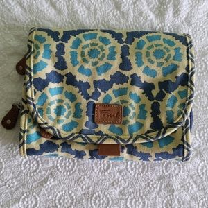 Fossil trifold cosmetic travel bag